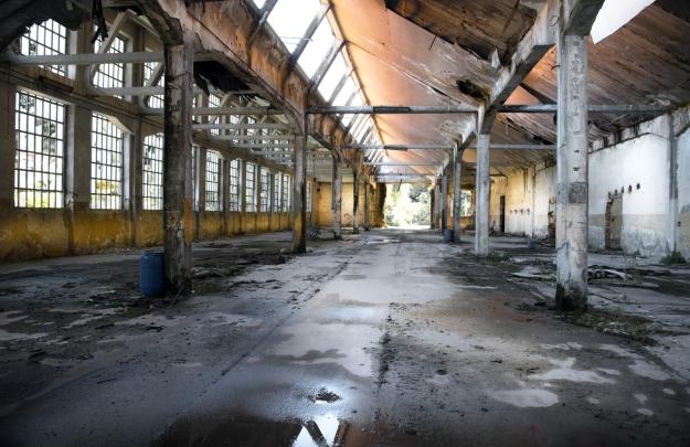 edificio industriale in rovina